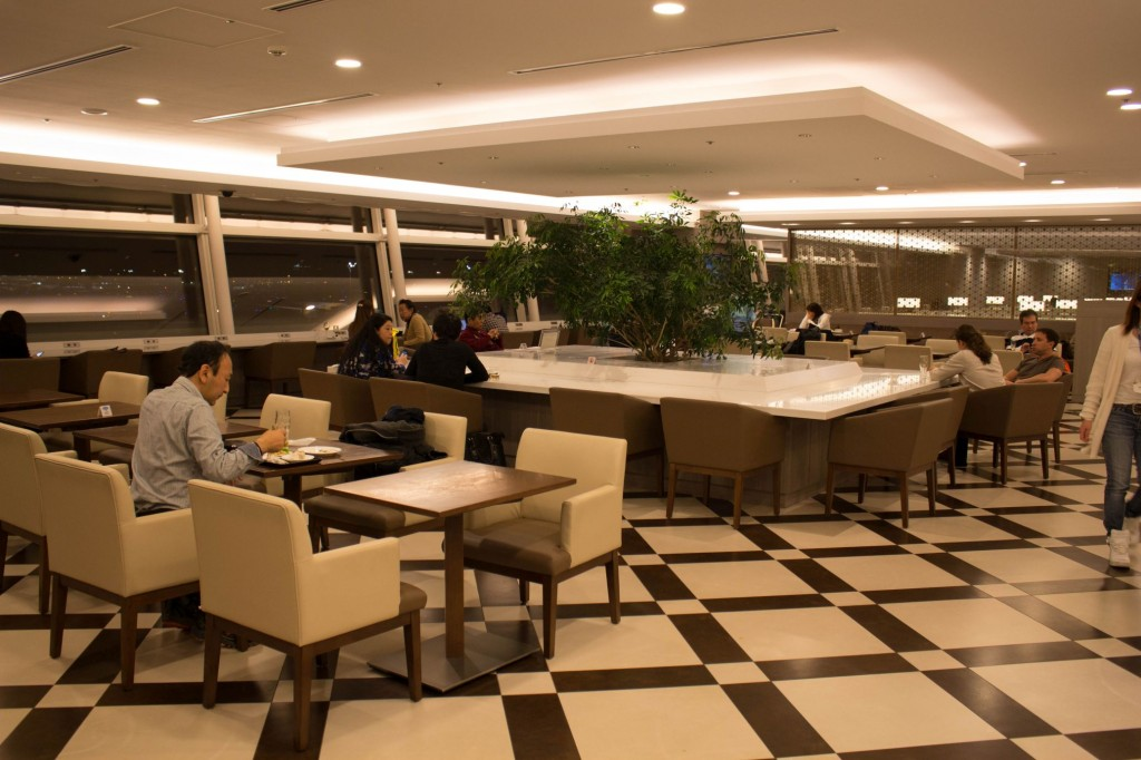 Japan Airlines JAL First Class Lounge Tokyo Haneda